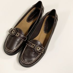 Predictions Women's Brown Castilla Loafer Shoes